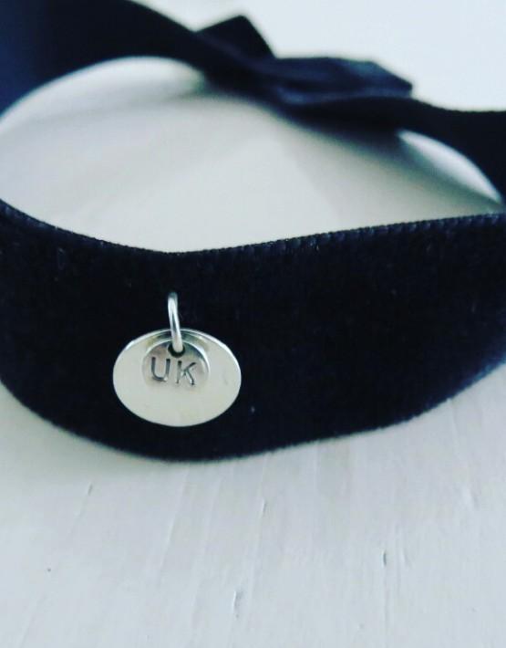Halsband Velvet ,frontal Ansicht